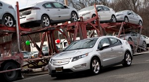 First Customer Takes Delivery of Chevrolet Volt