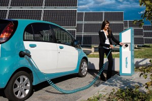 electric car refueling.automotiveIT