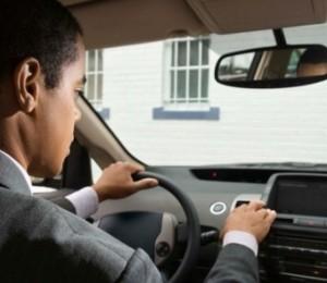 driver distraction.automotiveIT