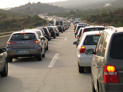 traffic congestion.automotiveIT