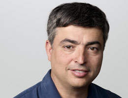 apple ferrari eddie cue.automotiveIT
