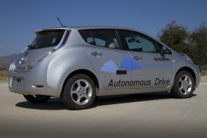 Nissan_Autonomous_Driving_Highway_test_vehicle-300x200