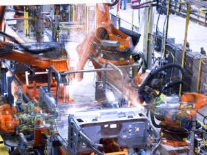 production-robots-kuka-300x225