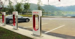 Tesla-Supercharger-Norwegen-300x158