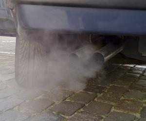 578px-Automobile_exhaust_gas-300x249