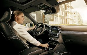 Volvo_Cars_to_embed_Google-300x192