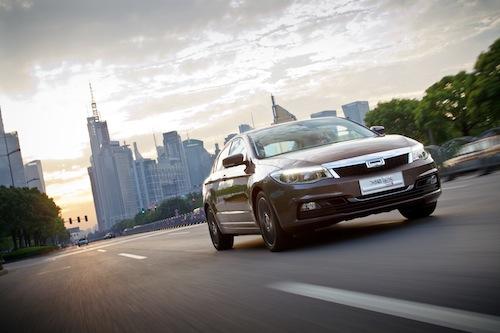 Qoros-3-sedan-45-degree-front-face-1