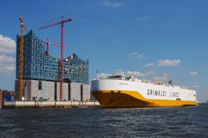 Grande Napoli am 20.8.11 ausgehend Hamburg