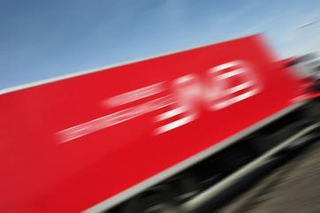 Norbert-Dentressangle-truck_blur