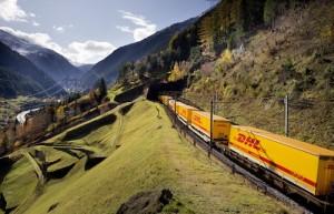 dhl09 freightliner 02