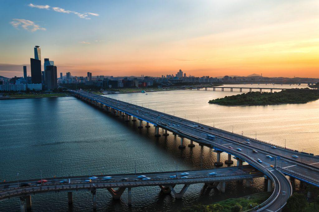 1. Seoul Skyline_han river