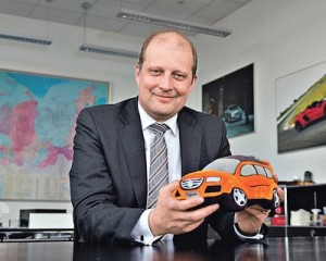 Marcus-Ozegowitsh-announced-export-supplies-of-engines-and-possible-export-of-finished-vehicles-from-Kaluga-300x240