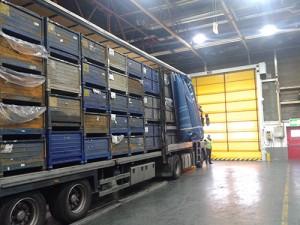 unloading-001-300x225