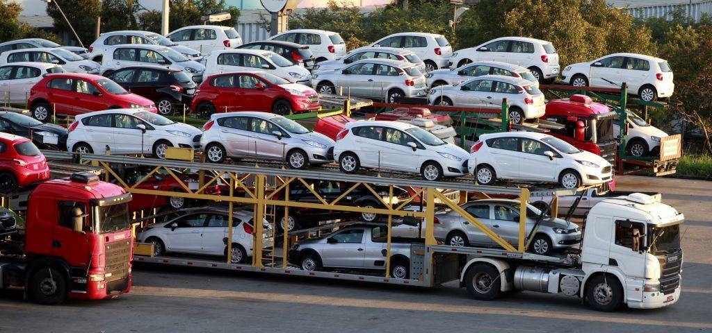 Russian logistics provider car carrier
