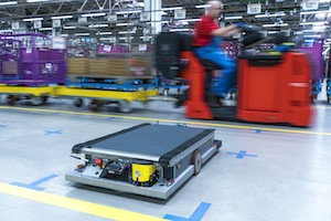 BMW_self-driving-robot-i