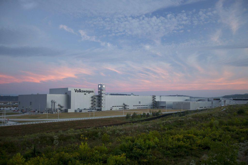 Volkswagen-plant-sunset-1024x683