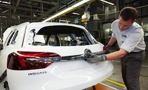 Opel-Insignia-284992-medium