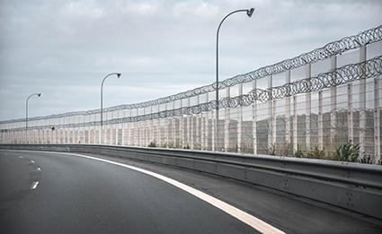 Calais-wall