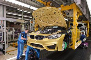 BMW-P90144188_highRes_bmw-plant-munich-pro-300x200