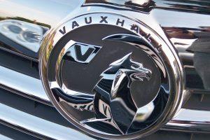 Vauxhall_Insignia_Grillplate