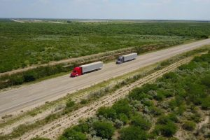Daimler truck platoon testing in the US
