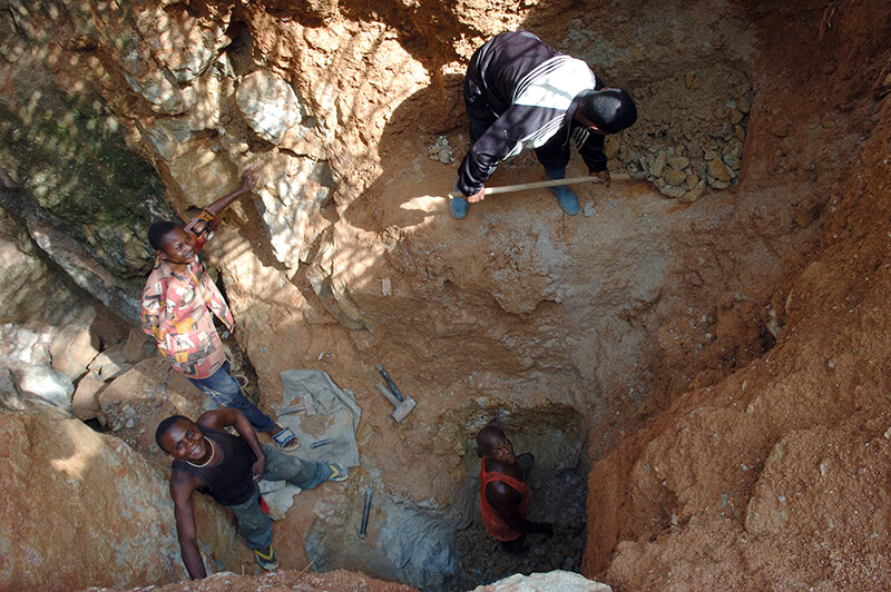 Wolframite mining in the DRC