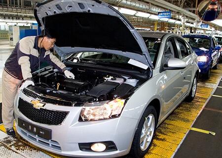 Cruze assembly at GM Korea Gunsan plant