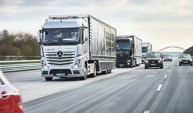 Mercedes-Benz truck platoon