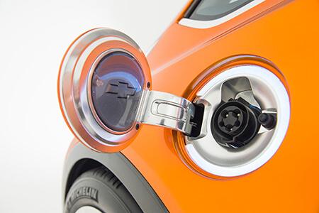 2015-Chevrolet-BoltEV-Concept-exterior-005