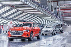 Audi Brussels: Audi e-tron final inspection