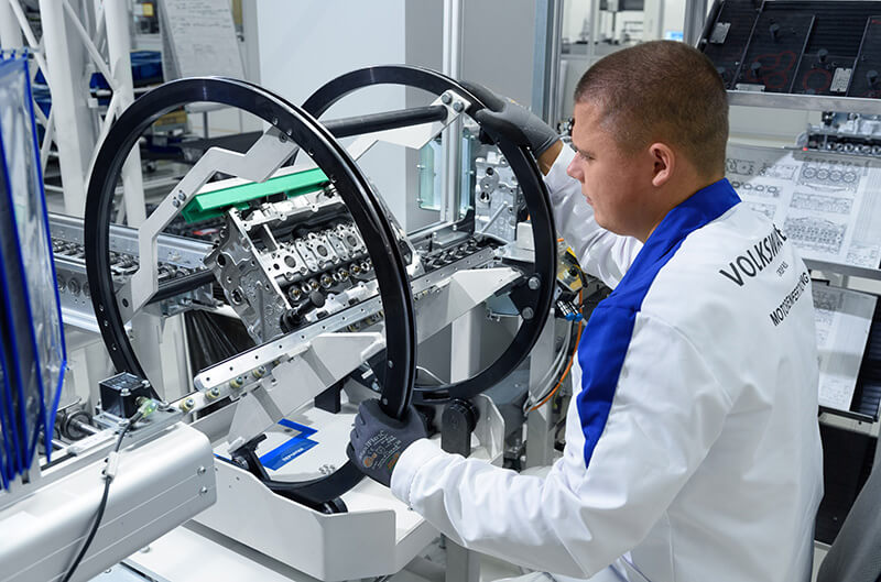 Russian government wants all OEMs to build engine and transmission plants in Russia
