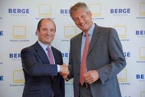 Jaime Gorbeña (left), president of Spain's Bergé y Compañía, with Luc Nadal (right), CEO of French company Gefco