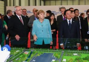 Angela Merkel, Volkswagen Chengdu