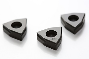 CVD-coated cutting material