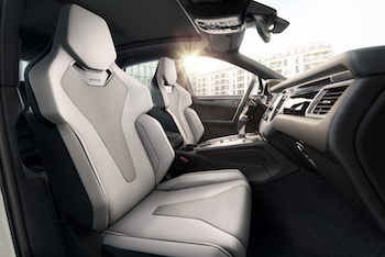 Performance seats now incorporate ultra-stiff, ultra-light rim composite technology akin to that used for tennis racquets or mountain bike frames