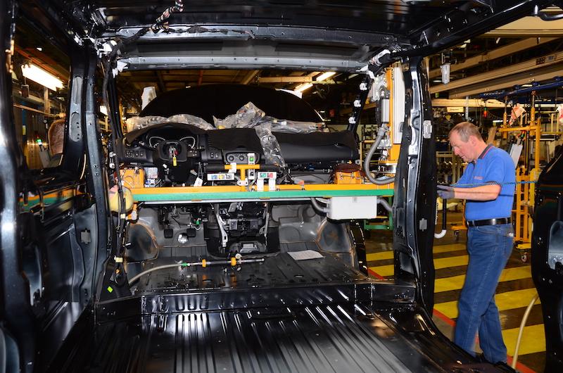 Vauxhall Luton Plant - Vivaro Production,