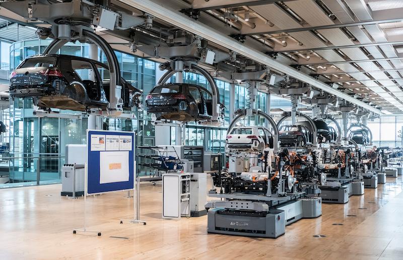 Ensamblado del eGolf en VW Dresden