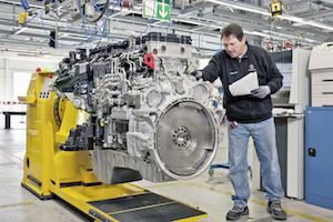 Mercedes-Benz six-cylinder engine production at Mannheim