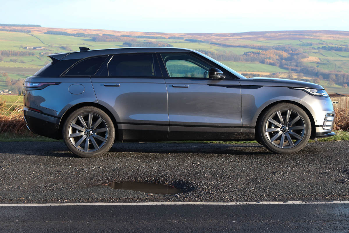 1-big-evoque-or-small-sport_